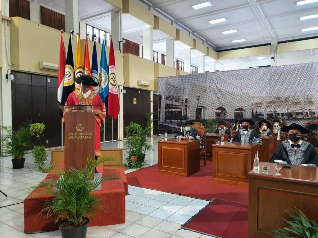 1723 Mahasiswa Universitas Widyatama Diwisuda Secara Khidmat Di Tengah Pandemi