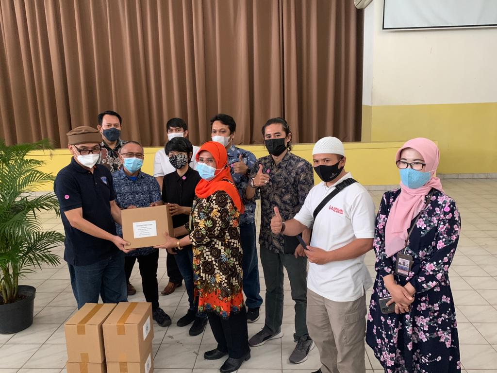 WhatsApp Image 2021 05 07 at 11.01.17 - Ungkapan Rasa Syukur Yayasan & Universitas Widyatama Menjelang Lebaran Bagikan 750 Paket Sembako
