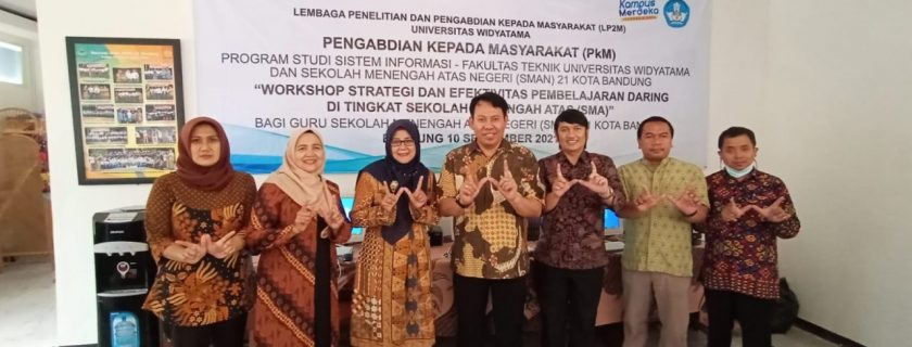 At SMAN 21 Bandung City UTama Information Systems Study Program Shares Tricks for Optimal and Interesting Online Learning