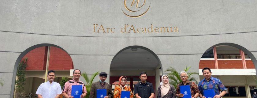 Bantu Komersialisasi Produk UKM Ke Malaysia Lima Fakultas UTama Kerjasama Dengan Kecamatan Parongpong KBB