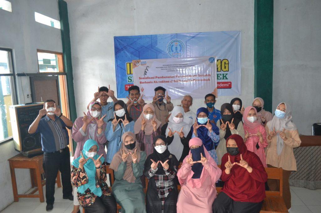 Sosialisasi Pembenahan Perpustakaan Sekolah Berbasis Akreditasi Di SMK Lugina Rancaekek