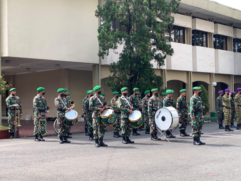WhatsApp Image 2021 10 04 at 11.35.07 - Rektor UTama Bangga Kepada 112 Anggota Menwa Mahawarwan Jabar dan Jambi Lulus Uji Mental Serta Fisik